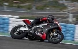 Aprilia aprilia rsv4 factory aprc motorbikes aprilia rsv4 wallpaper