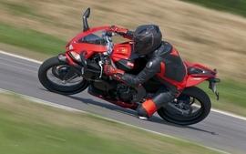 Aprilia motorbikes 11 wallpaper