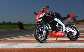 Aprilia motorbikes 13 wallpaper