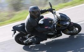 Aprilia motorbikes 17 wallpaper