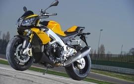 Aprilia motorbikes 18 wallpaper