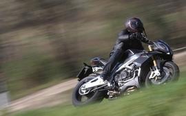 Aprilia motorbikes 19 wallpaper