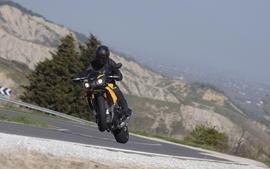 Aprilia motorbikes 21 wallpaper