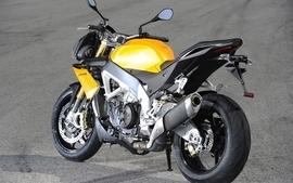 Aprilia motorbikes 24 wallpaper