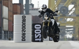 Aprilia motorbikes 28 wallpaper