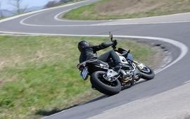Aprilia motorbikes 58 wallpaper