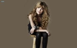 Blondes women actress leggings jailbait bella thorne sitting wallpaper