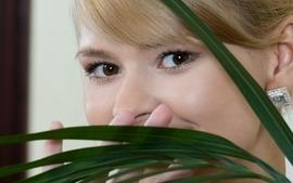 Blondes women closeup eyes faces paloma b wallpaper