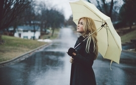 Blondes women umbrellas wallpaper