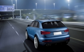Blue cityscapes cars audi suv blue cars german cars audi rsq3 3 wallpaper