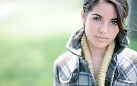 Brunettes women green eyes wallpaper