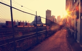 Cityscapes city vancouver railroad tracks macro sunbeams chain wallpaper
