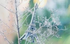 Eiffel tower plants souvenirs wallpaper