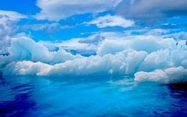 Ice blue wallpaper