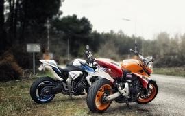 Motorbikes 4 wallpaper
