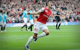 Soccer arsenal fc robin van persie premier league football stars wallpaper