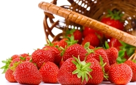 Strawberries berries lifestyle wallpaper