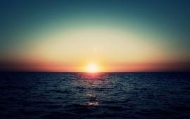 Sunset at Sea s wallpaper
