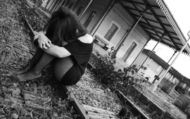 Women black and white emo sad sadness wallpaper