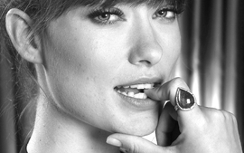 Women closeup actress olivia wilde monochrome faces finger in wallpaper