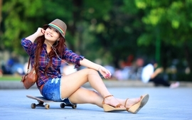 Women redheads skates hats denim shorts wallpaper