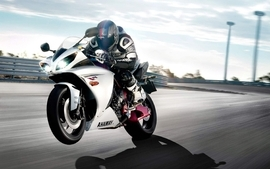 Yamaha vehicles motorbikes yamaha r1 motorsport wallpaper