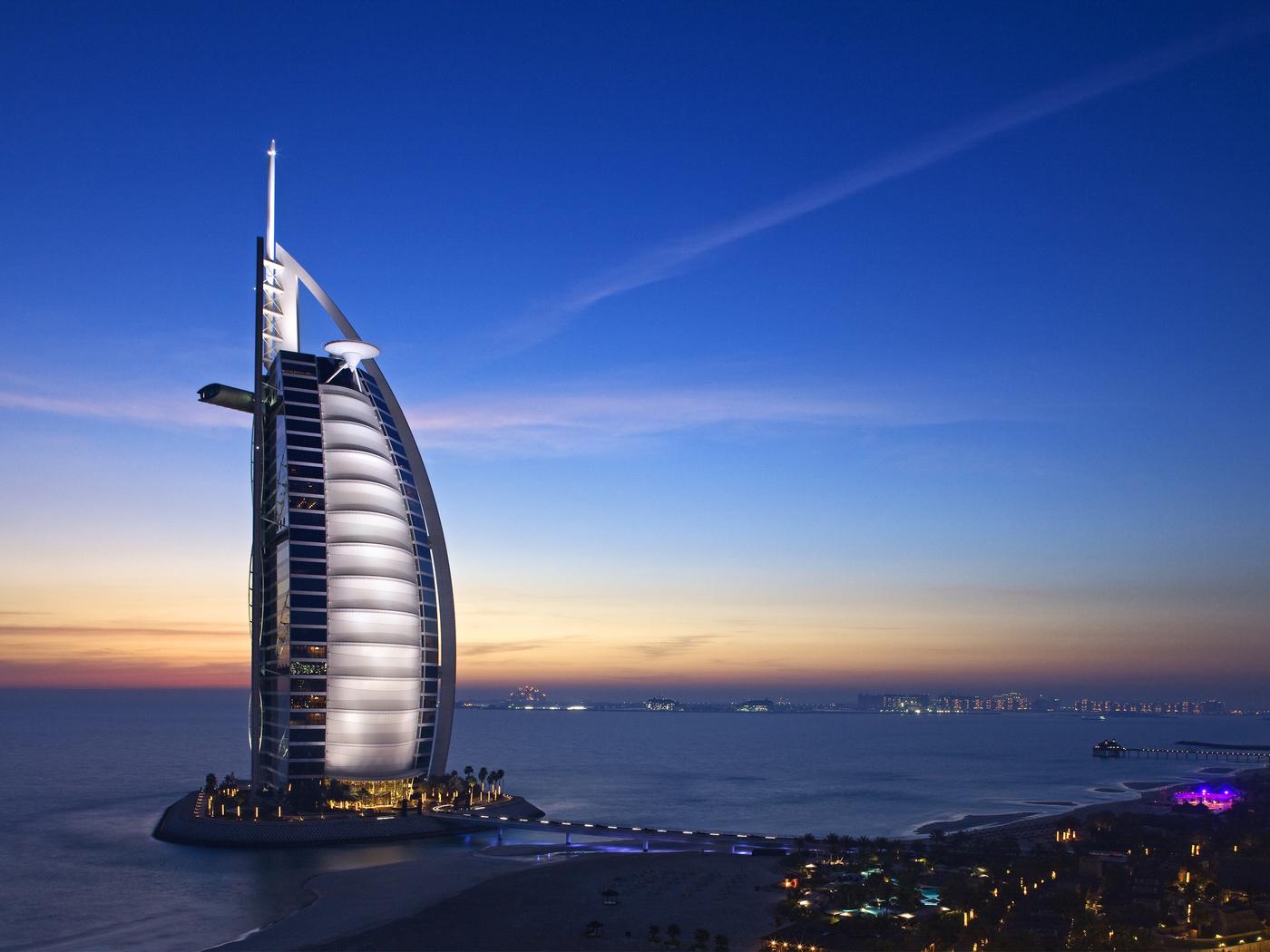 Burj Al Arab 4K 5K (1400x1050)